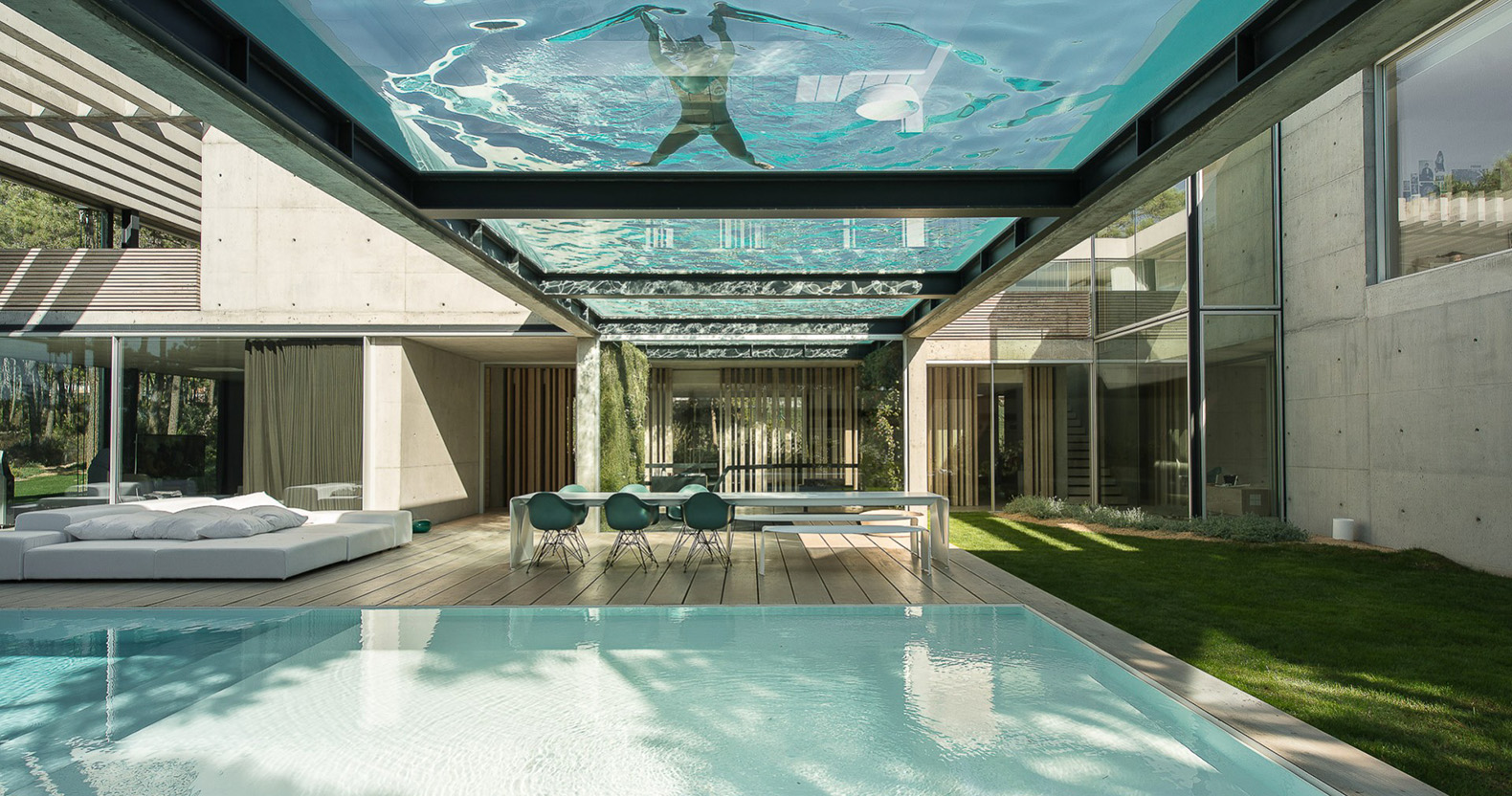 Elevated Glass Bottomed Pool Hovers Over A Second Pool In The Hip Wall House Inhabitat Green