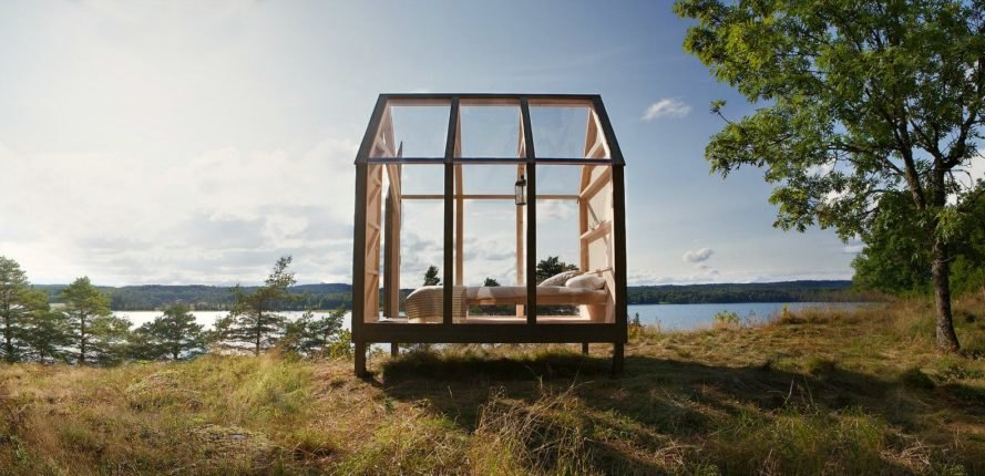 72 Hour Cabin, Jeanna Berger glass cabin sweden, glass cabin contest sweden, cabin design, glass homes, off grid cabins, swedish nature, chillout cabins, off grid retreats, glass buildings, custom-built cabins, nature studies, glass structures, off grid retreats, swedish cabins, cabins in sweden