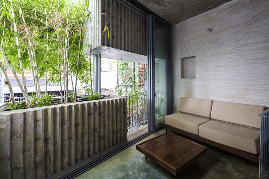 House in District 1 Ho Chi Minh City, House in District 1 by Vo Trong Nghia Architects, Vo Trong Nghia Architects bamboo architecture, bamboo architecture, bamboo privacy screen, bamboo screen in Vietnam, bamboo architecture Ho Chi Minh City