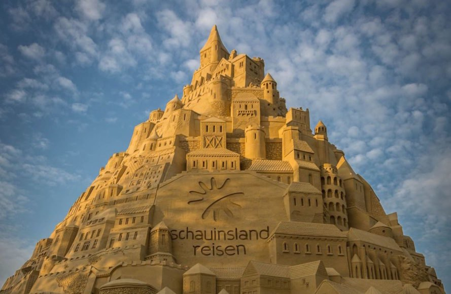 world's tallest sandcastle, giant sandcastles, sandcastle in Germany, Duisburg sandcastle, sandcastle record holder, sandcastle Guinness world record, compressed sand architecture, Schauinsland-Reisen sandcastle