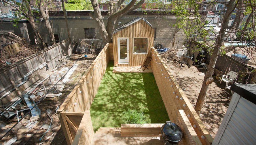 Garden Studio in Toronto, Six Four Five A, Oliver Dang, backyard office, timber, Toronto, timber cladding, tiny house, tiny structure, cedar, natural lighting, marble