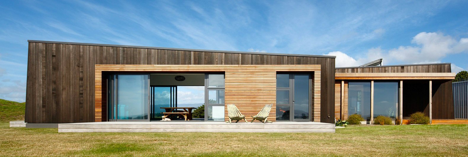Angular cedar-clad home in New Zealand is designed to go ...