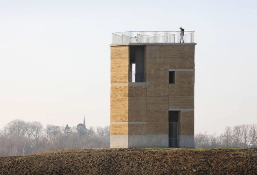 Observation Tower Negenoord by De Gouden Liniaal Architecten, Maasvalley Riverpark observation tower, rammed earth observation tower, rammed earth and concrete architecture, gravel clay rammed earth, sandblasted concrete core