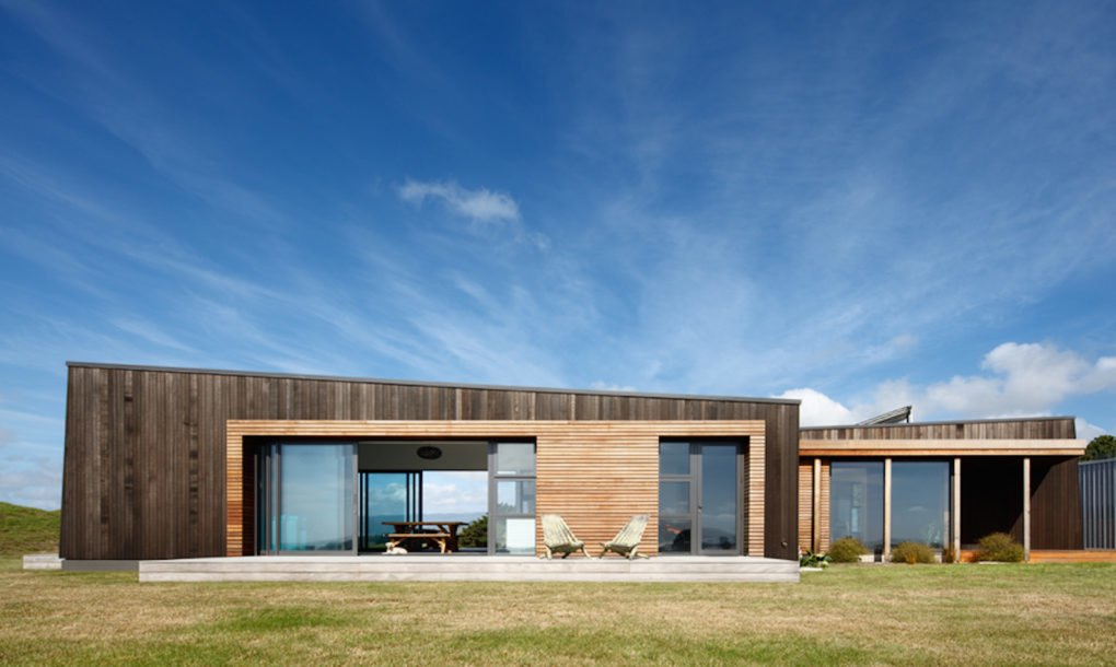 Compact New Zealand Home Sets Its Sights On Going Off The