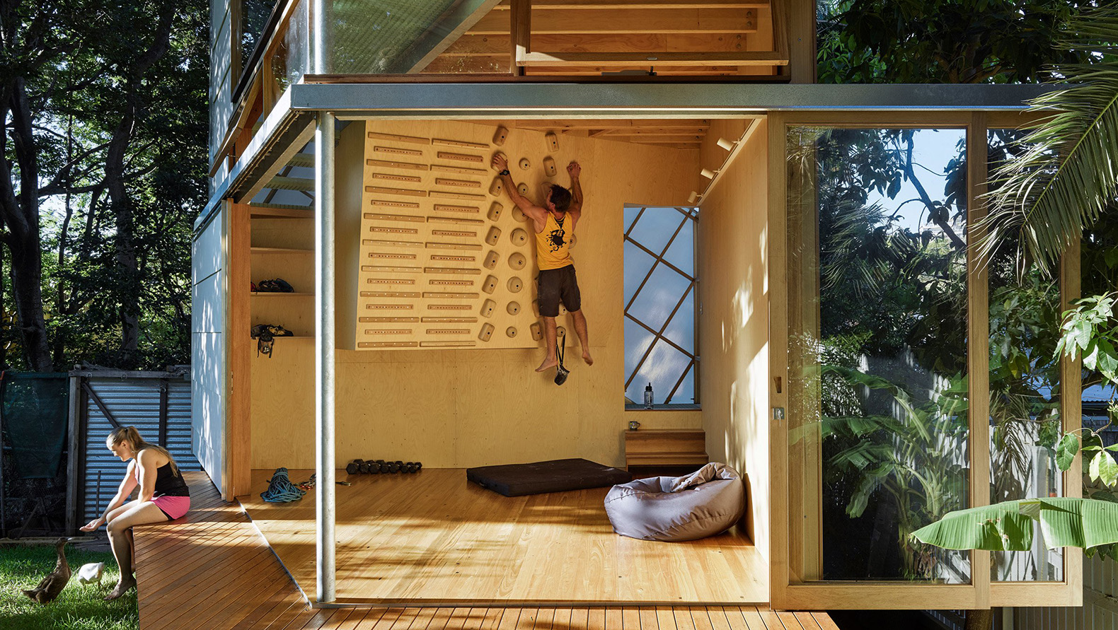 Extraordinary Treehouse Is A Climberu0027s Dream With Its Own Indoor Climbing  Wall