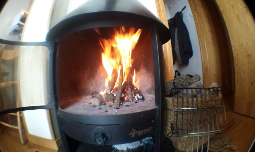 Wood Burning Emissions ~ London considers banning wood burning stoves to tackle air