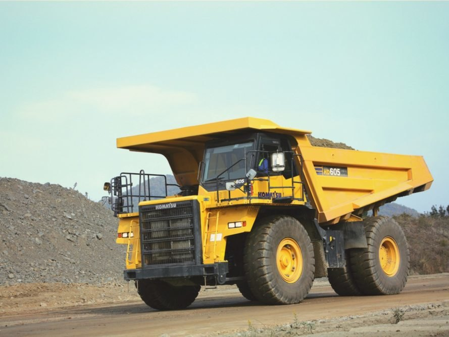 World's first electric dump truck stores as much energy as 8
