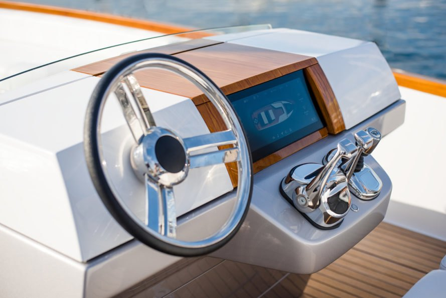 Hinckley, Dasher, Dasher by Hinckley, yacht, yachts, luxury yacht, luxury yachts, electric, electric yacht, electric yachts, fully electric yacht, fully electric yachts, boat, boats, boating
