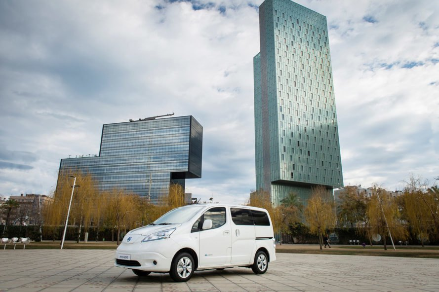 Nissan, Nissan Leaf, Leaf, Nissan e-NV200, e-NV200, Nissan xStorage, xStorage, electric, electric car, electric cars, electric vehicle, electric vehicles, EV, EVs, EV ecosystem, electric vehicle ecosystem, energy storage
