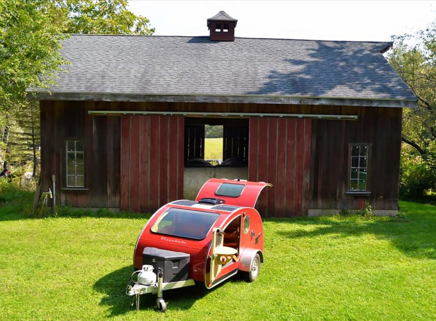Vistabule, Minnesota Teardrop Trailers, Sunflare, teardrop trailer, teardrop trailers, trailer, trailers, camper, campers, camping, off-grid, solar, solar power, solar energy, solar panel, solar panels, energy, renewable energy, nature