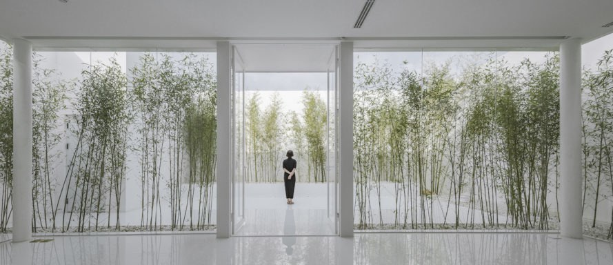 Bamboo Rooftop Room by V STUDIO, bamboo rooftop space, bamboo grove on shopping mall, shopping mall roof architecture, V STUDIO Architects, bamboo forest architecture