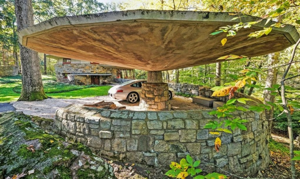 Frank Lloyd Wright 39 S Mushroom Esque Usonia Home Hits The