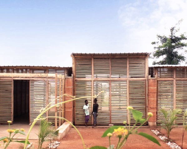 InsideOut School, Andrea Tabocchini, Francesca Vittorini, green school, Ghana, rammed earth, locally sourced materials, affordable architecture, green architecture, skylights, natural ventilation