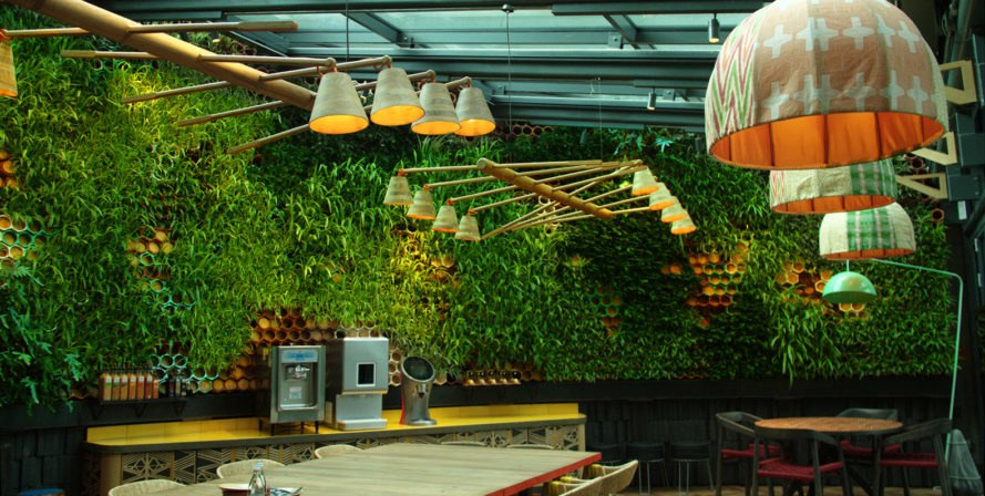 Nando's Putney Kitchen, restaurant, vertical garden, 2017 Bar and Restaurant Design Awards, Fusion DNA, Singulargreen, Urbanarbolismo, green wall, London, green interiors, greenhouse