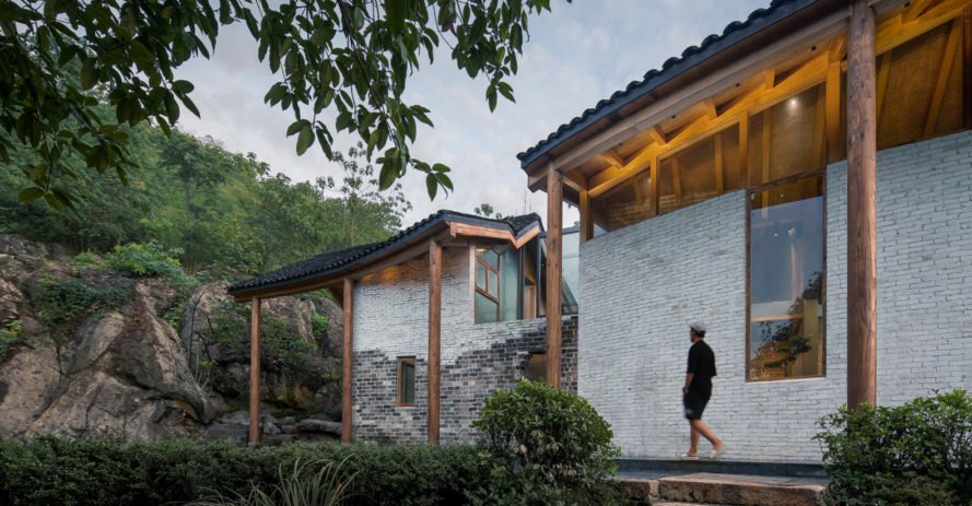Tongling Recluse, RSAA, green renovation, China, traditional building techniques, local craftsmen, green architecture, gable, atrium, vernacular architecture