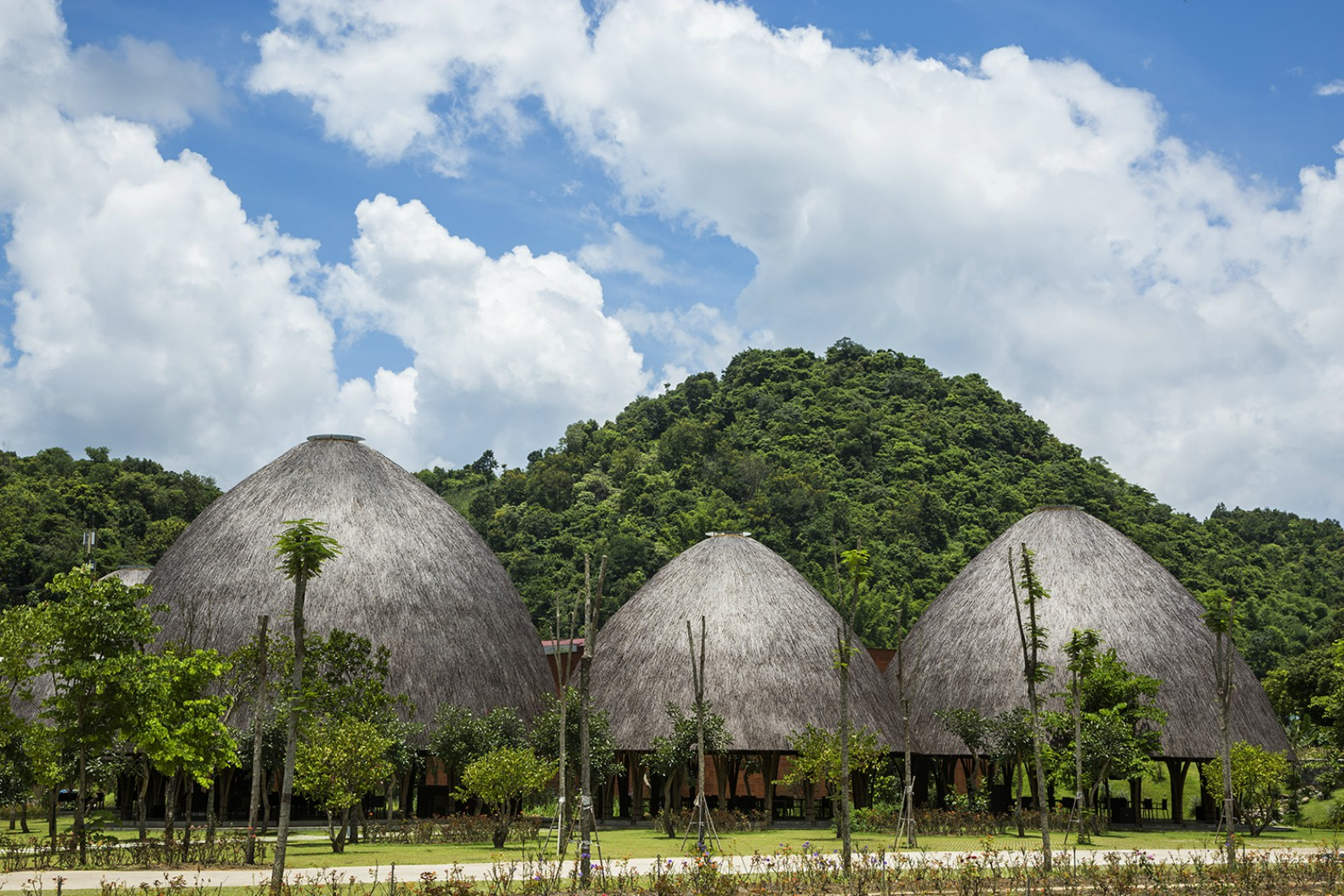 Spectacular Bamboo Domes Mimic The Mountains Of Vietnam Inhabitat Green Design Innovation