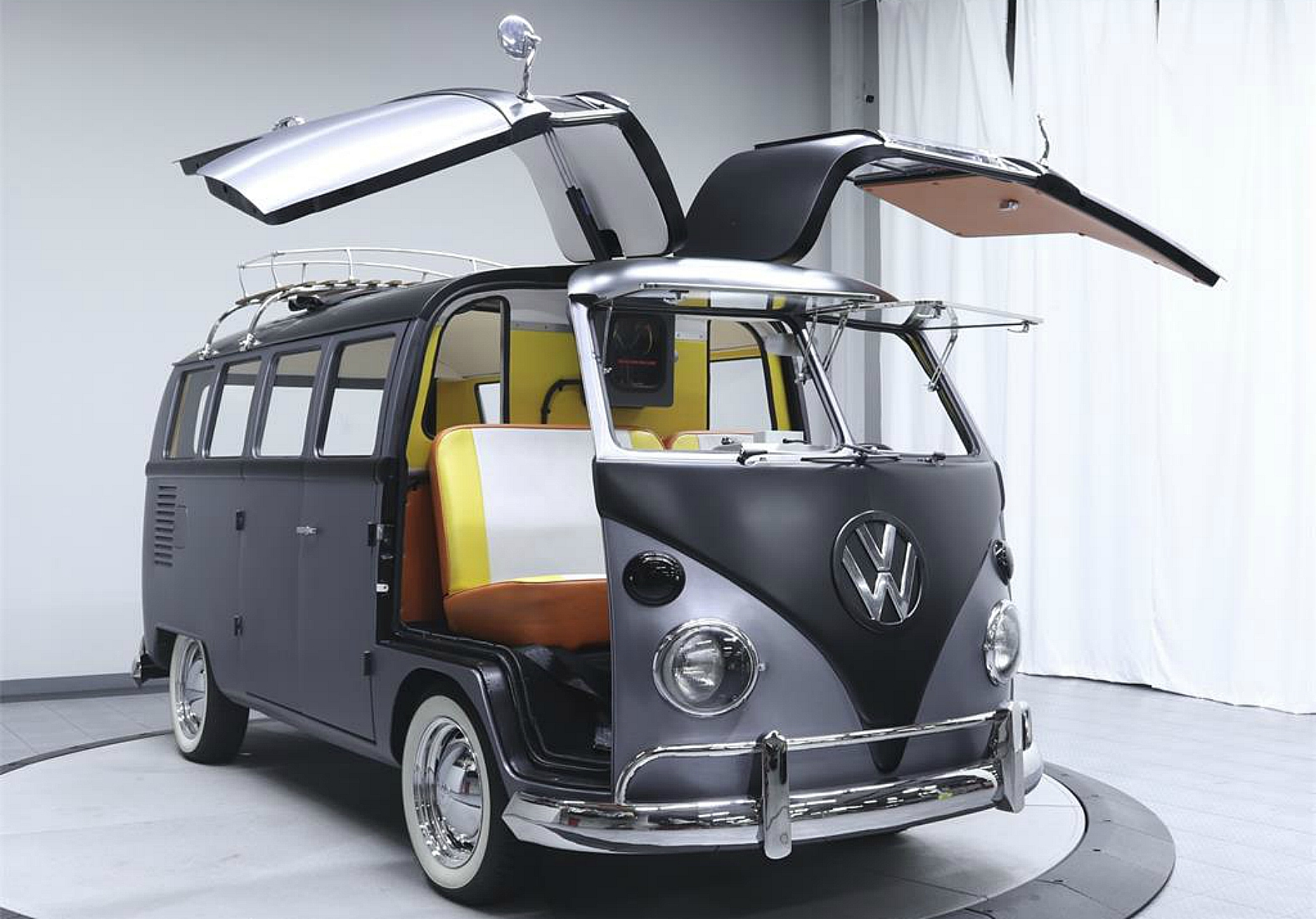 1967 volkswagen camper transformed into 39 back to the future 39 time machine. Black Bedroom Furniture Sets. Home Design Ideas