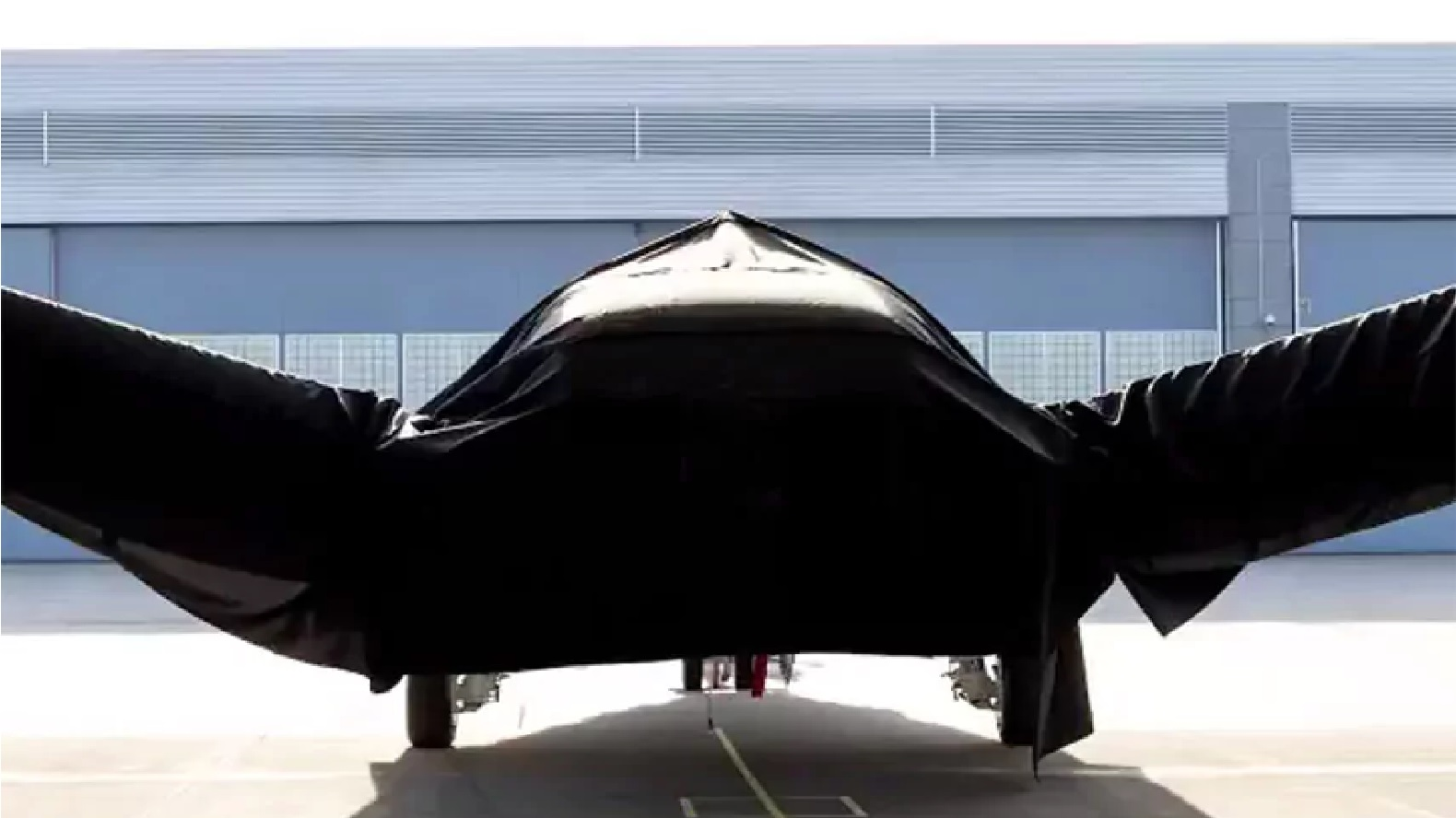 Boeing to reveal mysterious space plane of the future