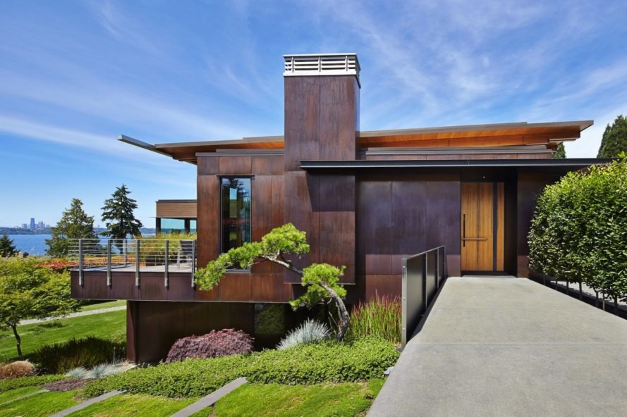 Gorgeous copper clad home celebrates craft in the pacific for Architects nw