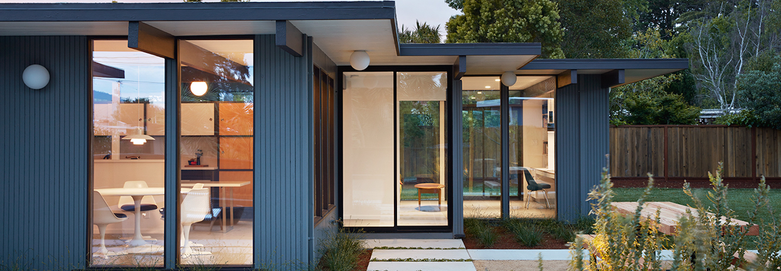 Classic Eichler Gets A Tasteful Renovation And Expansion In The Heart Of  Silicon Valley