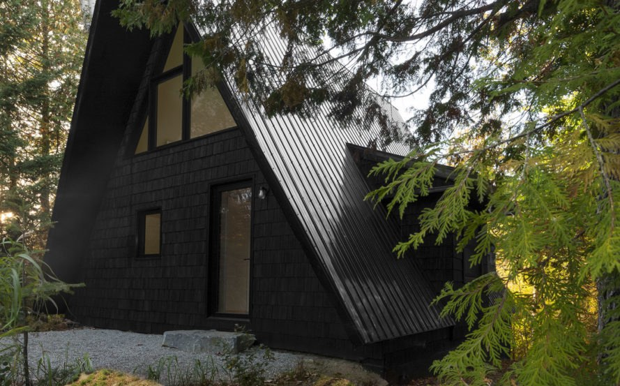 Green renovation, A-frame cabin, Fahouse, Jean Verville architecte, Canada, cabin, green architecture, rehabilitation, storage space, staircase