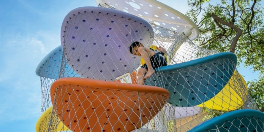 Luckey climbers, climbing, kids climbing, kids climbing parks, climbing blobs, playground design, climbing walls, climbing structures, childrens playground, imaginative climbing structures, innovative climbing designs, climbing for kids