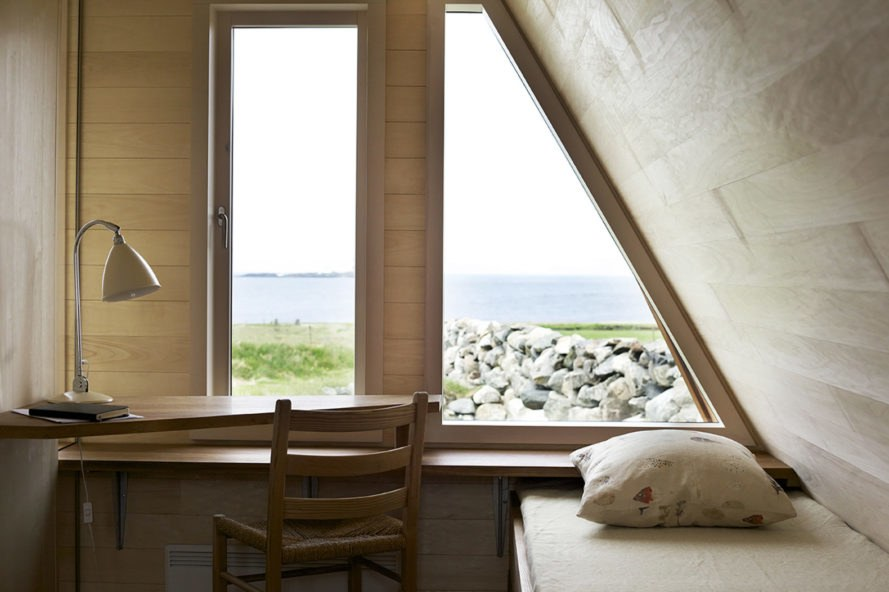 Selestranda House, green renovation, cottage, Norway, bark arkitekter, pitched roof, open-plan layout, green architecture, panoramic views, drystone walls, gable-roof, gable
