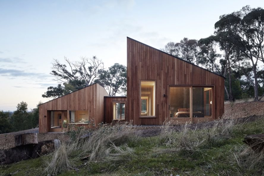 Two Halves Home by Moloney Architects, Two Halves Home, Moloney Architects, birch-faced plywood interior, Two Halves Home Australia, pavilion residence, modern timber-clad home, high bush fire rated modern house