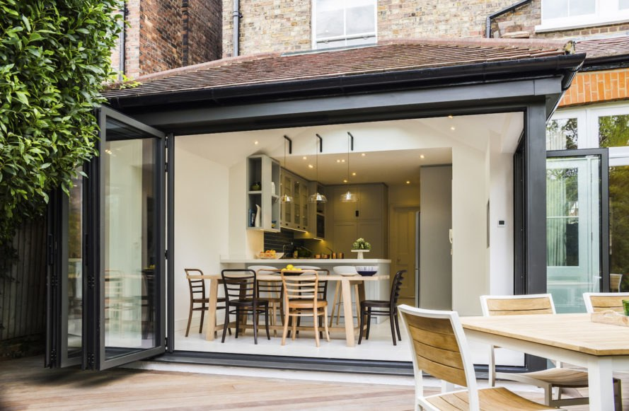 London architects infuse dated Victorian townhouse with tons of ...