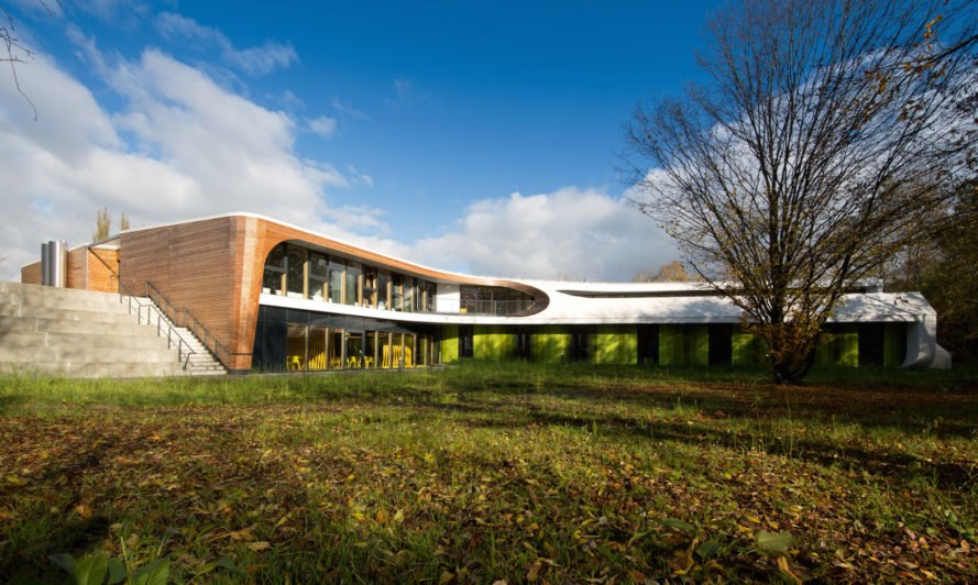 Laboratory for Visionary Architecture youth hostel, youth hostel Bayreuth, Y-shaped architecture, modular wooden wall system, modular custom built-in furniture, contemporary youth hostel, LAVA youth hostel, Bayreuth youth hostel by LAVA, sports youth hostel in Germany