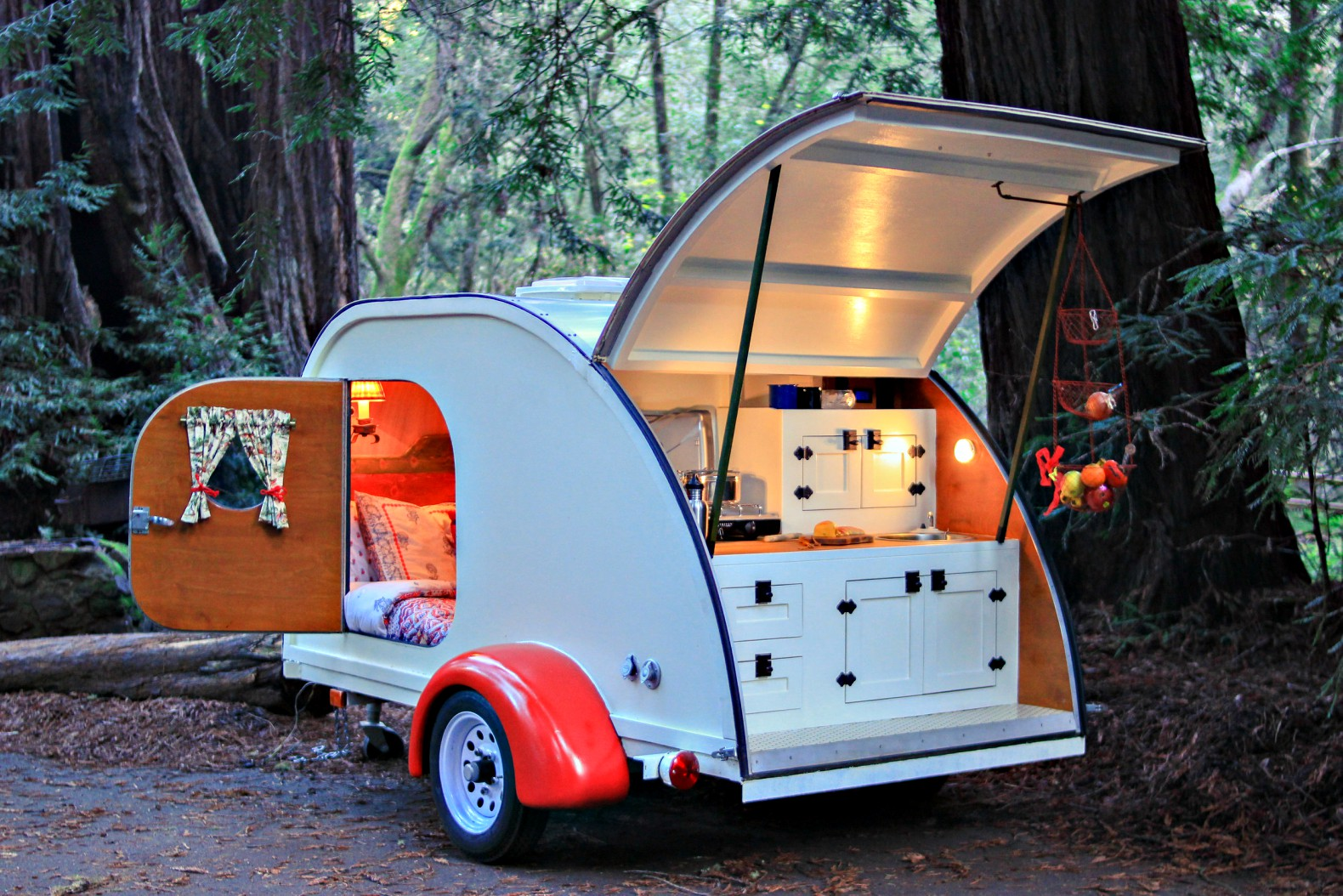 Now You Can Rent A Vintage Teardrop Camper For Weekend In The Woods