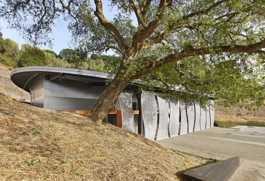 Odette Estate Winery, Odette Estate Winery by Signum Architecture, LEED Gold winery, LEED Gold Napa Valley, eco-friendly winery Napa Valley, American Architecture Prize 2017 Industrial Building, solar-powered winery, cargotecture winery