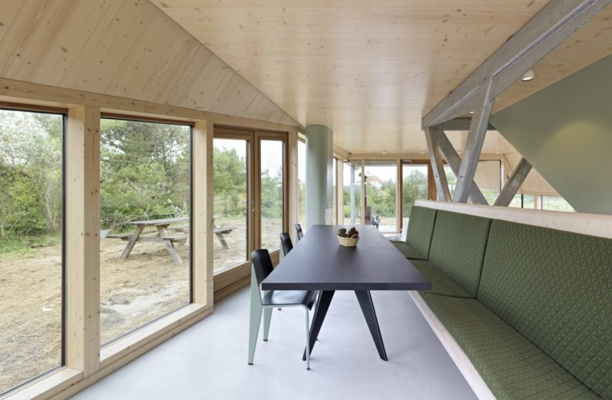 Het Kulkje Vlieland, Borren Staalenhoef Architecten BV bna, sand dune homes, prefab homes, low impact homes, sand dune constructions, prefabricated building materials, dutch prefab homes, dutch architecture, dutch architects, Vlieland island, Vlieland homes, natural light, home design, prefab home design