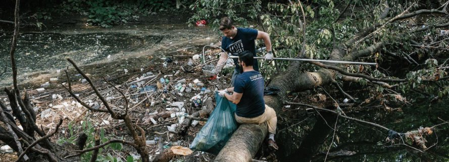 United by Blue Cleanups, United by Blue, Ocean Clean up, litter removal