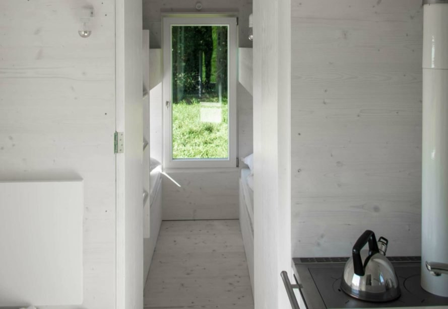 Wild-Berghof Buchet, HYT movable accommodation unit, mobile tiny home, tiny home on wheels, cabins on wheels, tiny home living, tiny home design, cabin design, moveable tiny homes, Holiday Architecture, vacation tiny homes, holiday in tiny home, tiny home vacation, off grid tiny home,