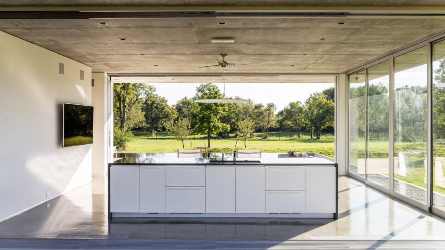 PTX1 Cabana by Wernerfield, PTX1 Cabana, minimalist cabana, green roofed cabana, green roofed pool house, cabana architecture in Texas, cabana architecture in Palmer, concrete roof overhang,