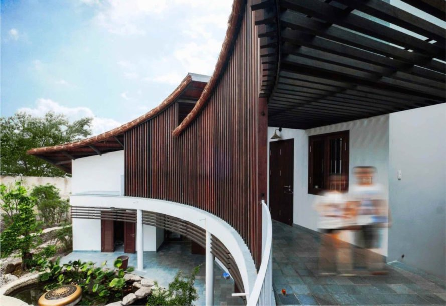 Bien Hoa architecture, The Country House by 1+1>2 Architects, eco-friendly Vietnamese architecture, eco-friendly Vietnam House, eco-friendly Bien Hoa, thatched roof eco-friendly construction, natural materials Vietnamese architecture