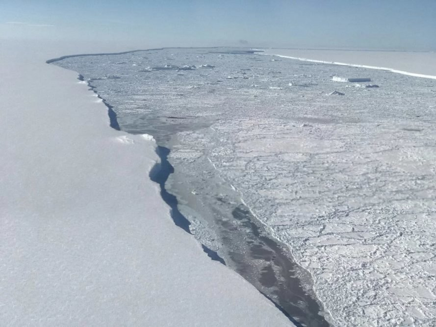 Ever Footage Released of Antarctic Iceberg '4 Times the Size of London'