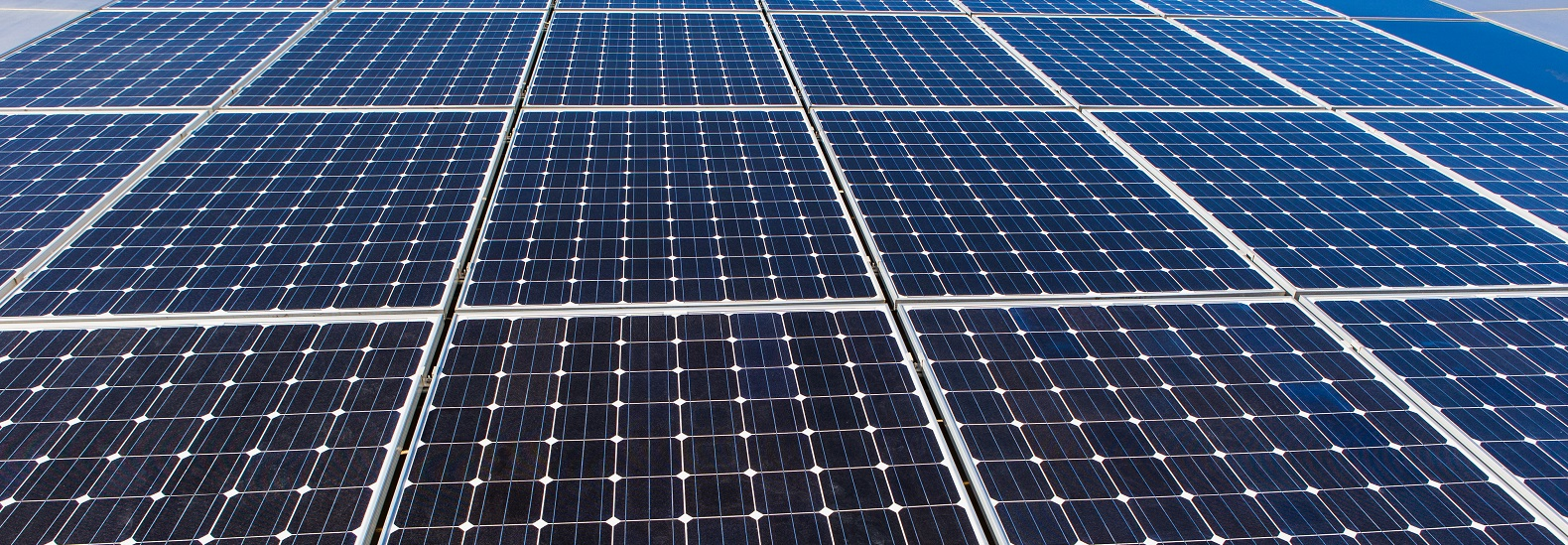 The Cost Of High Efficiency Solar Panels Fell 37 In 2017