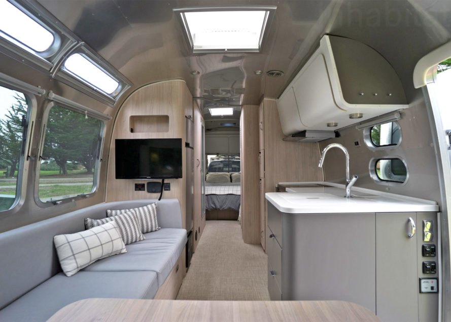 Airstream, Airstream Globetrotter, camper, 2018 Airstream Globetrotter, airstream interior, small space living, tiny house, tiny home, mobile home, travel trailer, trailer home, trailer house