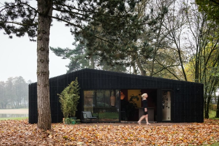 Chris Collaris Architects, Dutch Invertuals, Buitenhuis, Buitenhuis tiny home, Buitenhuis tiny vacation home, tiny home design, tiny homes for rent, tiny home rentals, tiny homes in nature, dutch tiny home rentals, tiny home rentals in the Netherlands, droomparken, holiday parks droomparken, custom designed tiny homes, tiny home vacations,