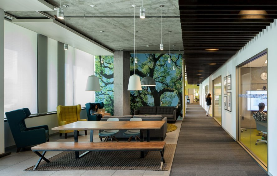 Marine Way Building (MWB), Intuit campus, Silicon Valley, Mountain View, green campuse, WRNS Studio, Clive Wilkinson Architects, LEED Platinum, office building, green roof, water consumption, green architecture, atrium
