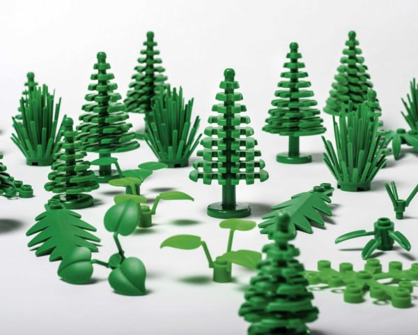 LEGO, LEGOs, sustainable materials, sustainable bricks, plant-based plastic, trees, leaves, bushes