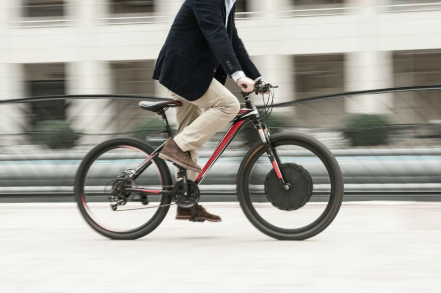 EvoWheel, electric bike converter, e bike designs, electric bike wheel, smart e bikes, ebike technology, converting a bike into an electric bike, building an eBike, bike accessories, ebike design, tires for ebikes, ebike tires, ebike technology
