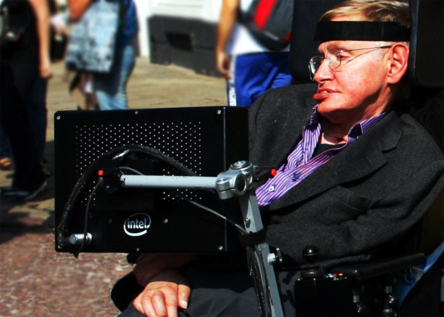 2 weeks before death, Stephen Hawking predicted that world would end