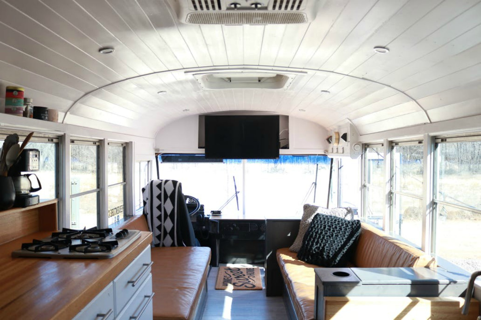 1992 International School Bus gets second life as an adventure-mobile
