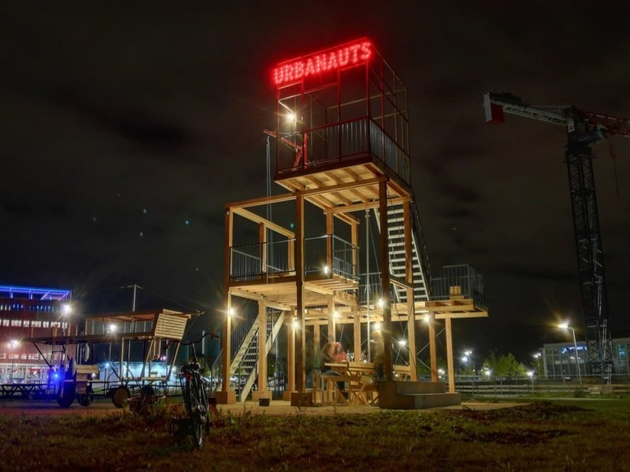 Urbanauts, temporary installation, wood installation, modular design, orizzontale, public design, public spaces, exhibition spaces, the Netherlands, RAUM, green design, LED lights, LED, tower, observation deck, flexible spaces