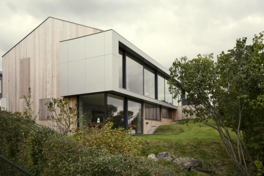 Prefab Home Gets Modern Makeover In Harmony With Its Picturesque Interesting Architect Designed Modular Homes Remodelling