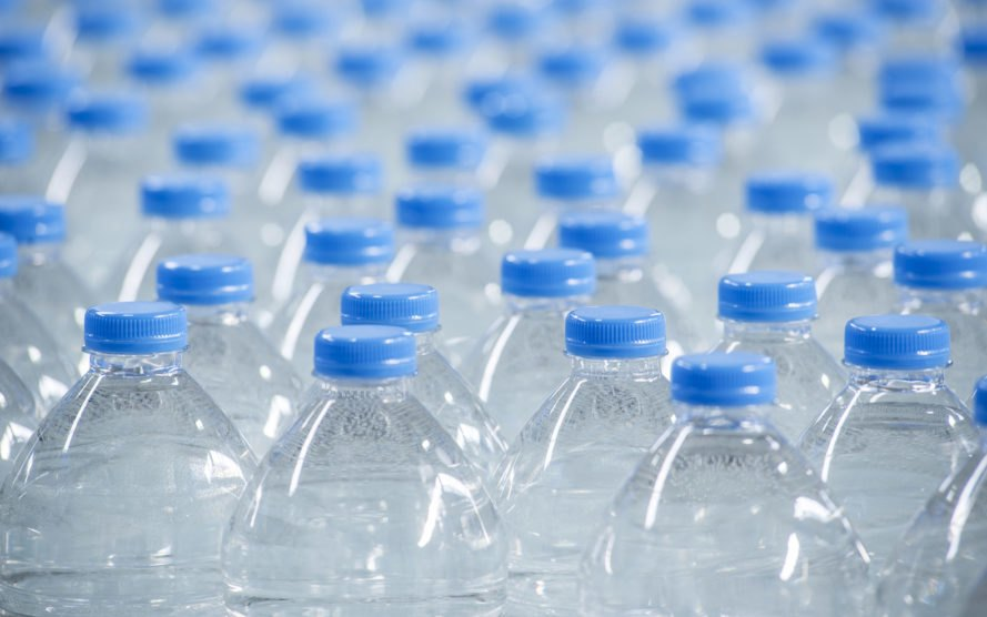 plastic, plastic bottles, bottled water, water study, drinking water, water issues, plastic pollution