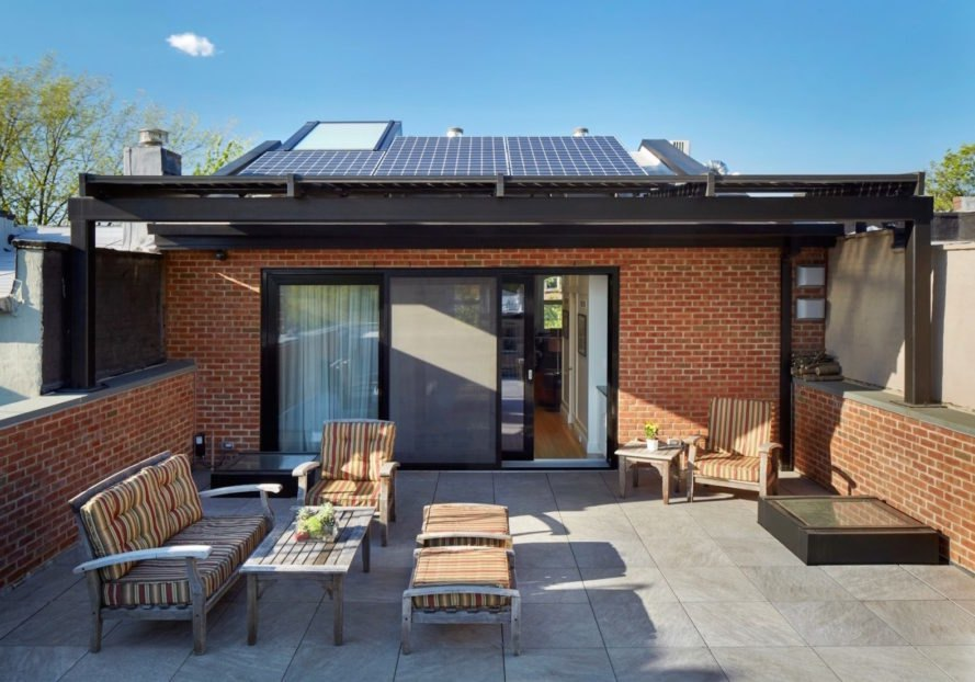 Roof terrace Brooklyn passive plus house by Baxt Ingui Architects